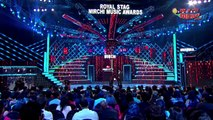 Antara Mitra Shakes A Leg With Shahrukh Khan At The Royal Stag Mirchi Music Awards