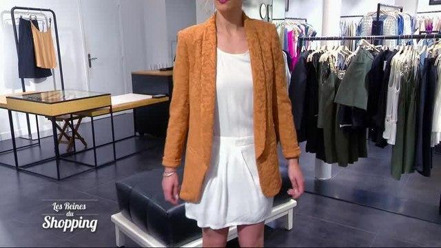 La veste tapisserie de Caroline déplaît à ses rivales