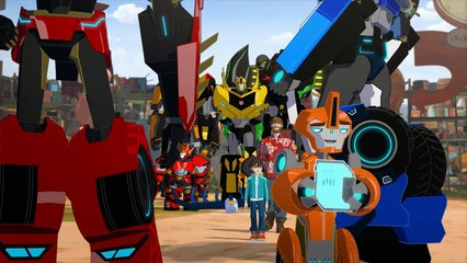 Transformers: Robots in Disguise: Season 2.5: Episode 2: Strongarm's Big Score (HD)