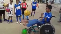Questo non è un ragazzo disabile è un ragazzo speciale! Guardate cosa sa fare!