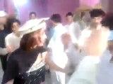 The New Nicel Pahtan Girl Dance With Pashto Mast Saaz 2014
