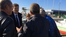Arnaud Montebourg rencontre des marins pêcheurs
