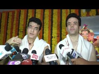 Jeetendra and Tusshar Kapoor celebrate Ganpati with a new family member