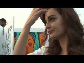 Dia Mirza Beautiful Painting EXPLAINS Today's Situation | B4U Entertainment