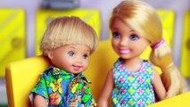 FROZEN KIDS McDonalds Toby + Chelsea Date Mcdonalds AGAIN Funny Barbie McDonald's Happy Meal Toy