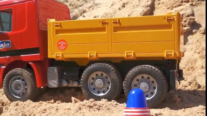 Working machines   excavator and a truck ! Videos for kids! TOYS!