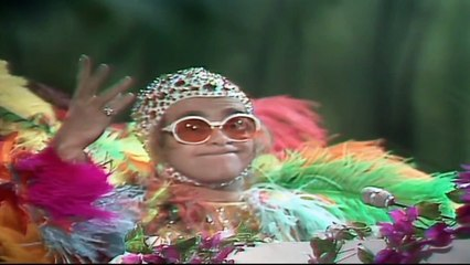 Shake Your Crocodile ( Elton John vs Jackson 5 vs Taylor Swift ) Radio Edit. mp3