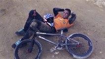 Ce rider tente les plus grands sauts en BMX.. Et se plante !