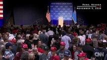 Trump évacué par les services secrets en plein meeting