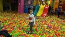 Развлекательный детский центр с горками и батутами Мистер Макс & Мисс Катя (новый выпуск 8 10 11 2016)