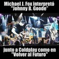 Marty McFly toca 'Johnny B. Goode' con Coldplay