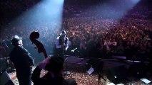 Leonard Cohen - Famous Blue Raincoat (Live in London 2008)