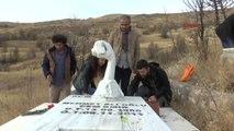 Tunceli Ölümünün 5'inci Yılında Cem Emir Mezarı Başında Anıldı