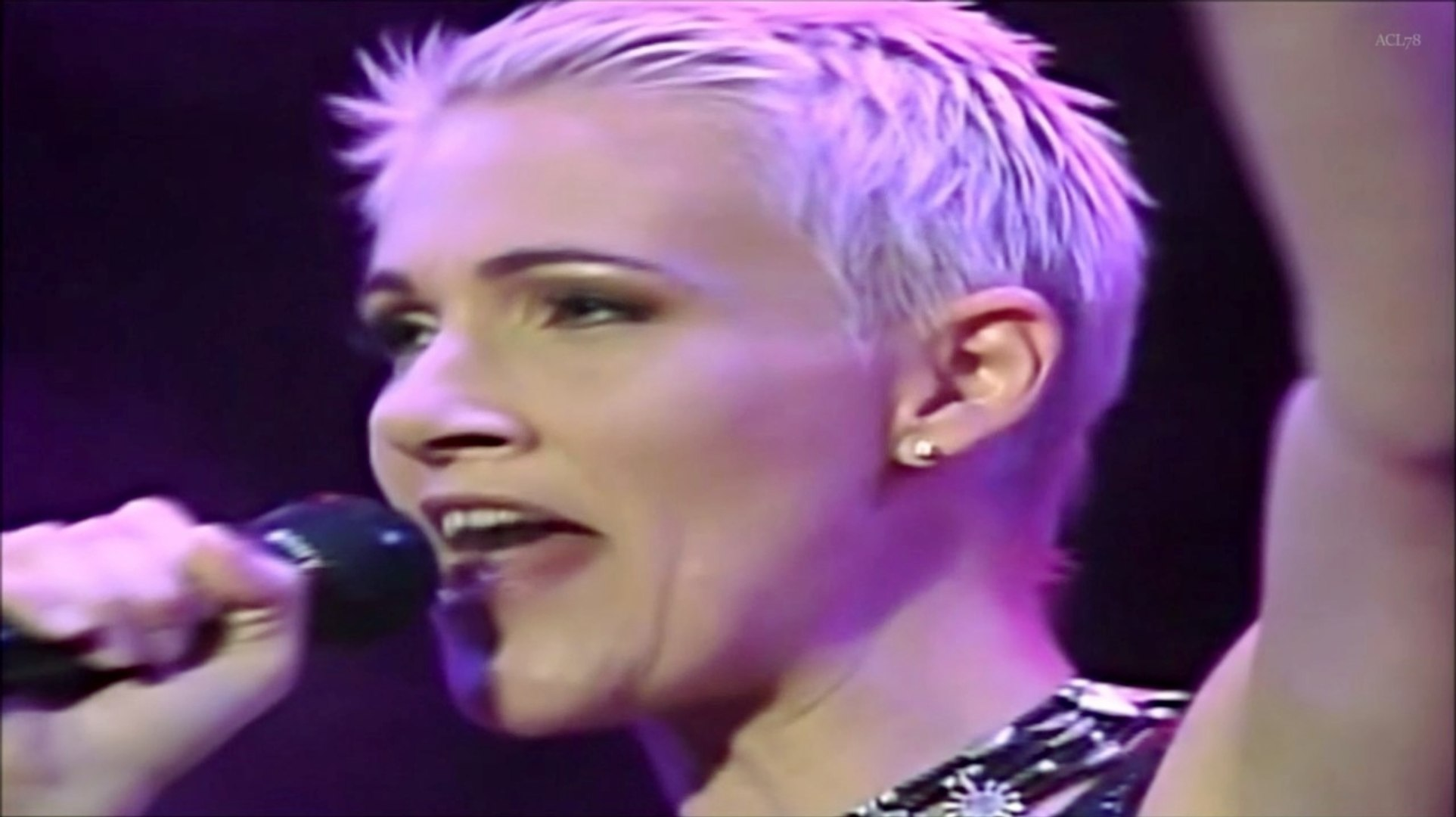 Roxette - It Must Have Been Love (HQ) Live 1995