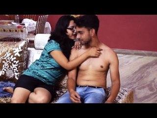 SEDUCING Delivery Boy Prank in India | SHOCKING REACTIONS | AVRprankTV