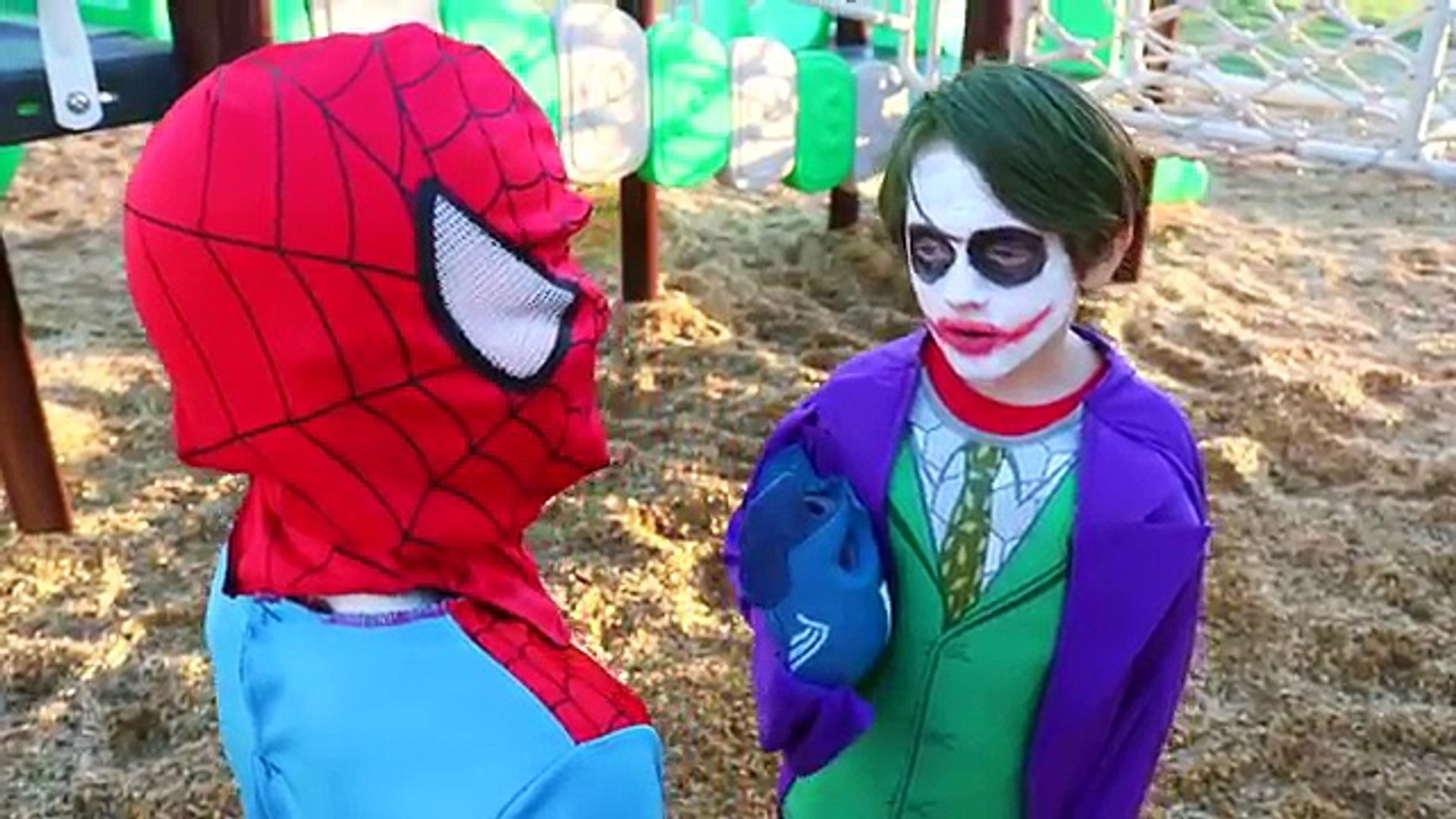 Little Heroes The Joker Vs Spiderman Captain America In Real Life Superhero Battle 動画 Dailymotion