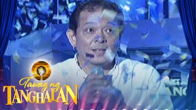 Tawag ng Tanghalan: Jun Abadiez gets the golden mic