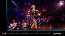 NRJ Music Awards 2016 : Louane à bout de souffle manque de tomber pendant sa prestation (vidéo)