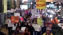 """""""Non è il mio presidente"""": Stati Uniti di nuovo in strada contro Trump"""