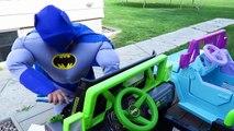 Frozen Elsa SNAKE ATTACK SPIDERMAN Joker Pink Spidergirl Meleficent Superman Kids Toys Cars Prank