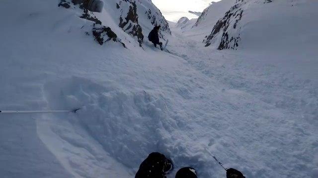 Descente à ski de fou à Tignes par Kilian Jornet