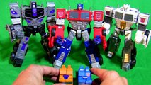 Semi-Truck Robot Transformers In Action 半卡车机器人变形金刚在行动 행동 세미 트럭 로봇 트랜스 포머 アクションで大型トレーラーロボットトランスフォーマー