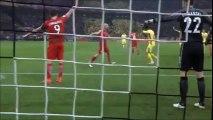 Explosion d'un pétard à la tête d'un joueur de football - Robert Lewandowski