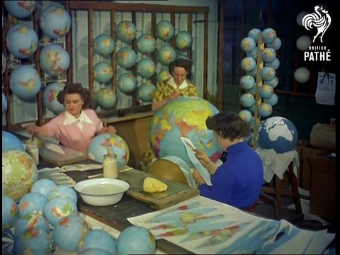 fabrication de globes terrestres (1955)