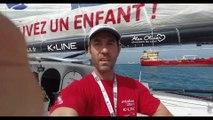 Tanguy de Lamotte se filme avec son drône embarqué / Vendée Globe