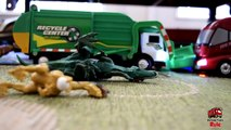 Garbage Truck Videos For Children l TOY TRUCK BATTLE Jumping Ramps l Garbage Trucks Rule part1