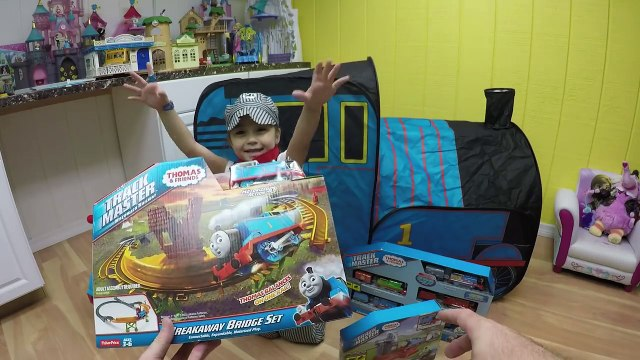 HUGE THOMAS AND FRIENDS SURPRISE TOYS TENT Egg Surprises Ride-On Train Set Toy Trains & Track Sets