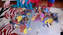 Frozen Elsas GROSS TONGUE vs Spiderman Joker Feet Pink Spidergirl Elsa Bubble Gum Funny Superheroes