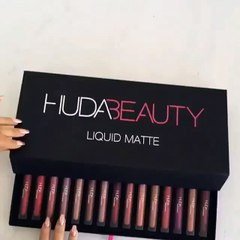 Coffret de rouges à lèvres by @Hudabeauty
