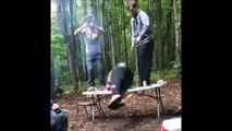 Faut pas faire de picnic avec ce mec... C'est un fou