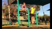 Un père réalise les mêmes figures que sa fille gymnaste