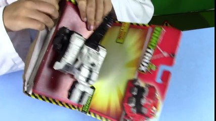 Dino Trucks Toys! DinoTrux D-Structs UNBOXING and play