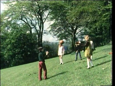 Last of the Summer Wine  S01E01 Short Back and Palais Glide