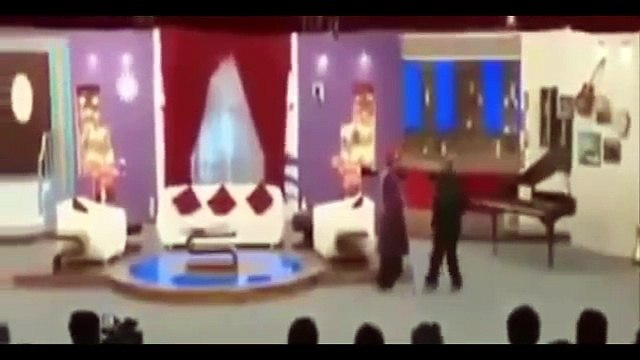 Comedian Amanullah Khan Telling Interesting Reason Why He Is Angry With Imran Khan