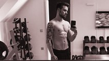 Liam Payne Strips Off and Reveals His Ripped Muscles in Shirtless Selfie