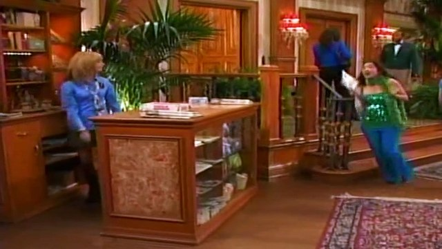 The Suite Life of Zack and Cody - 1x10 - Cody Goes to Camp