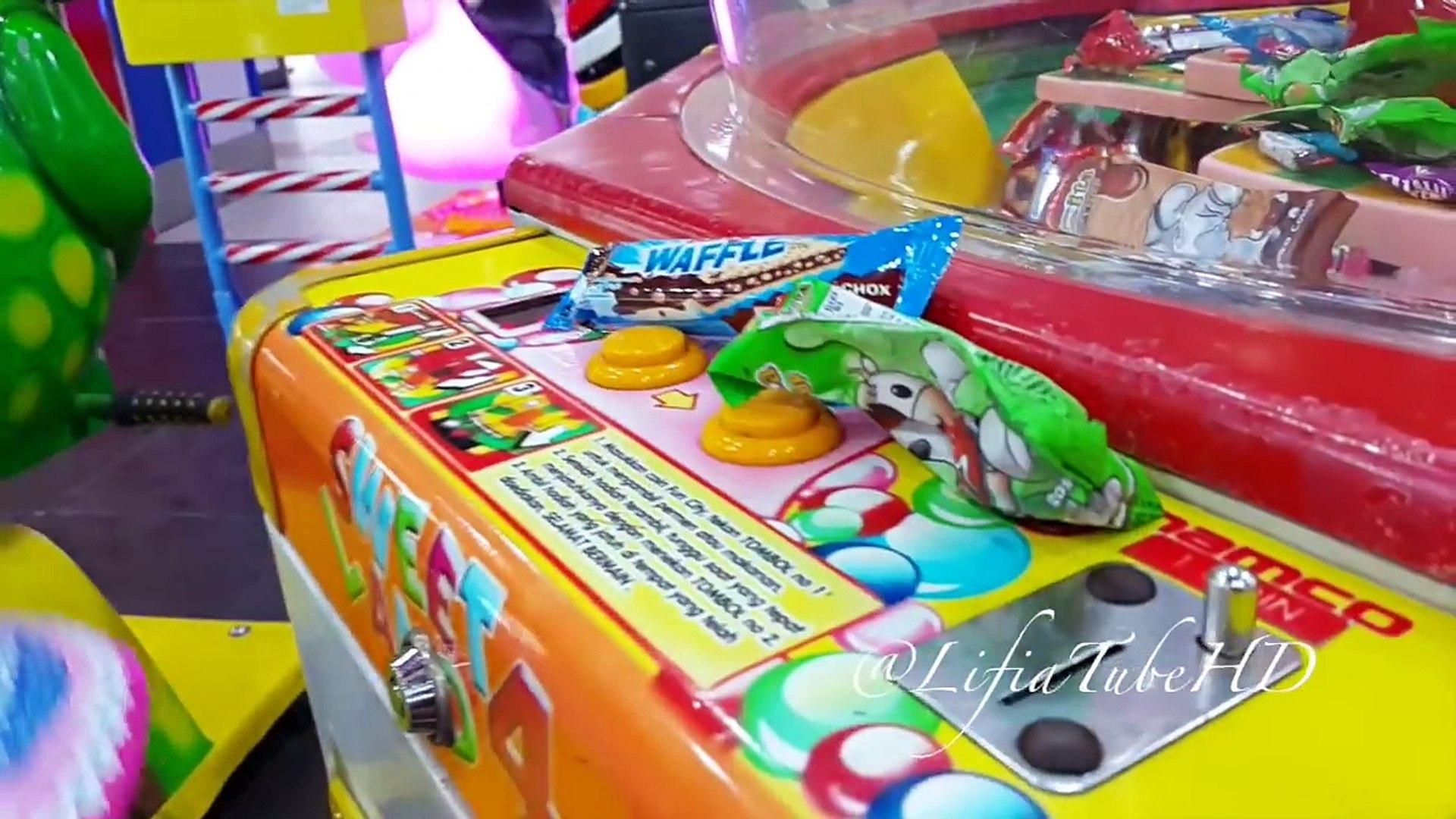 Boneka Mainan Anak - Fun Kids Zone Toy Box Capit & Sweet Land Games - Kids Activities