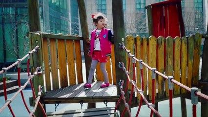 거대거미 공격! 라임아빠를 구해줘-어린이 슈퍼히어로 너프건전쟁 장난감 놀이 - giant spider attack - LimeTube & Toy 라임튜브