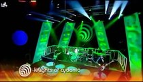 Muse - Knights of Cydonia, Top of the Pops, 06/18/2006