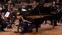 la pianiste Yuja Wang interprète la marche de Mozart