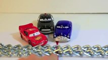 Tug Of War Disney Cars Lighting McQueen and Doc Hudson Car tug of War Competition with Sheriff