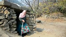 Au Cachemire, les habitants terrifiés se bâtissent des bunkers