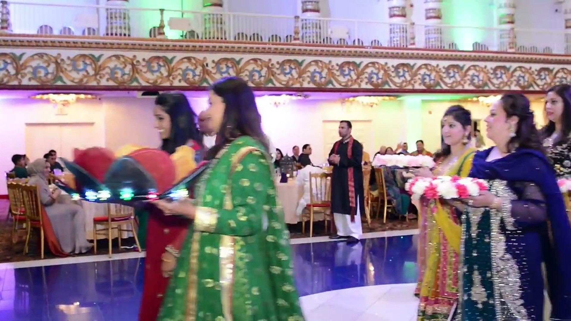 Most Unique Mehndi Entrance For Groom Faisal Summaya Video Dailymotion