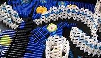 La Nuit étoilée de Vincent van Gogh avec 7000 Dominos