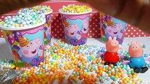 Vasos sorpresa de Peppa pig llenos de huevos sorpresa y juguetes cubiertos con bolitas de colores