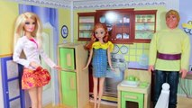 Anna & Kristoffs NEW HOUSE Hunting Barbie Disney Frozen Parody S 2 E 3 AllToyCollector